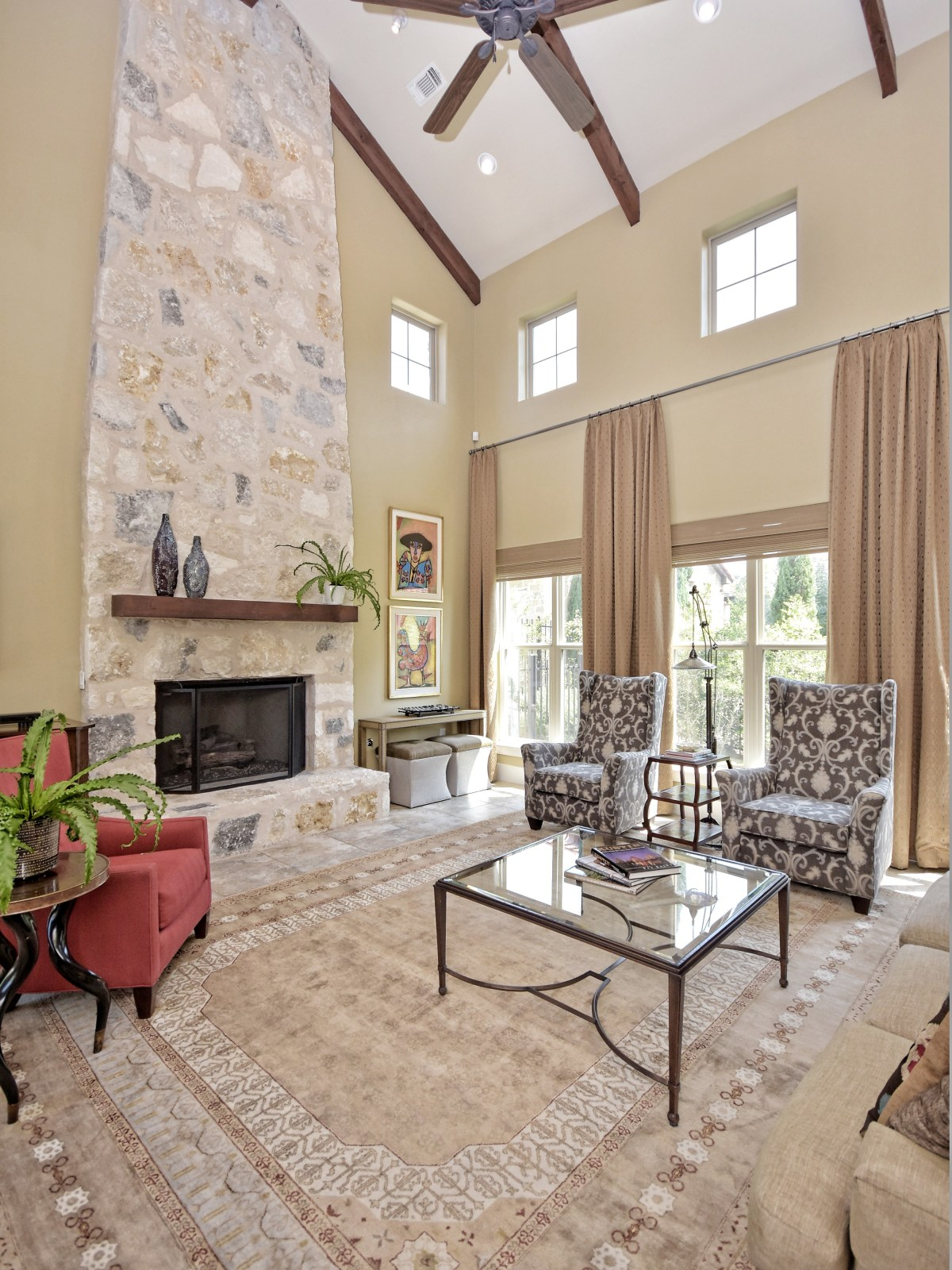 7200 Turnbuoy Austin house for sale living room