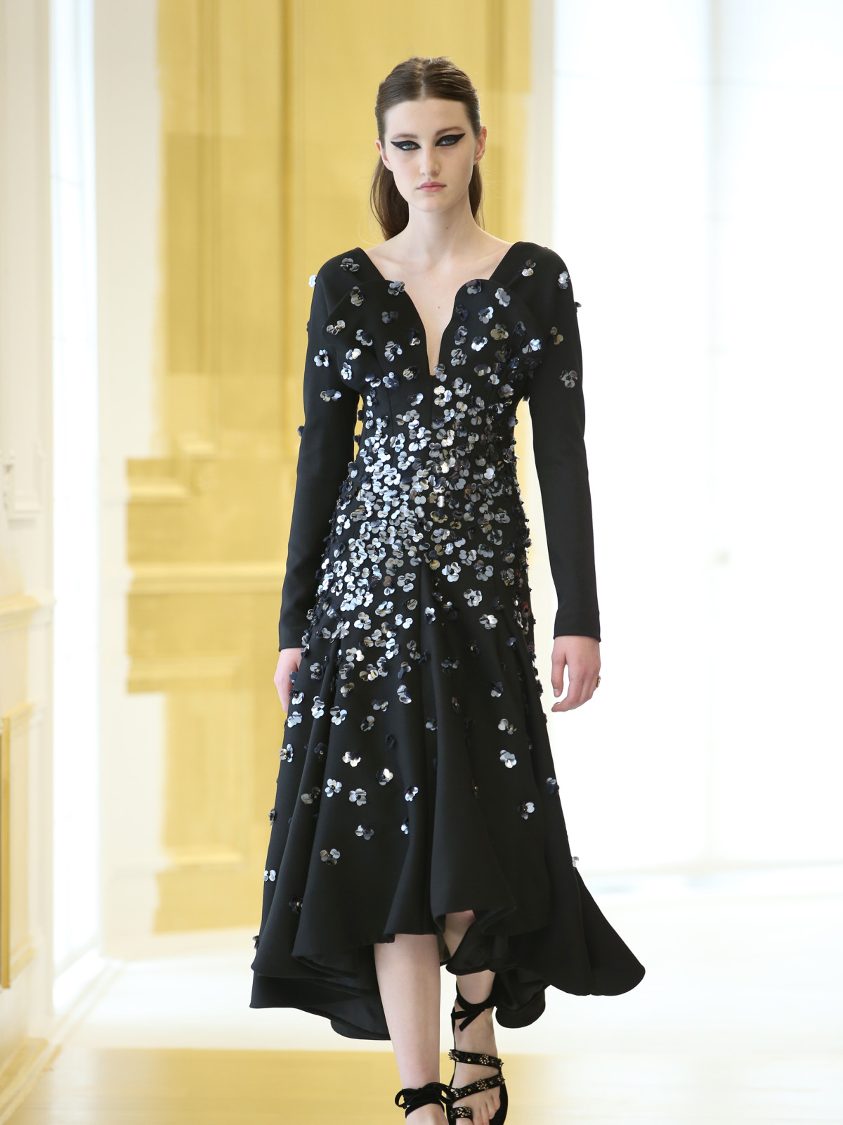 Dior haute couture runway show Paris finale look 39