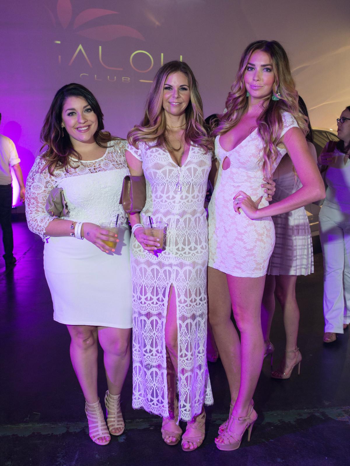 Nicole Aspinosa, Tara Apperson, Claire Kuprycz