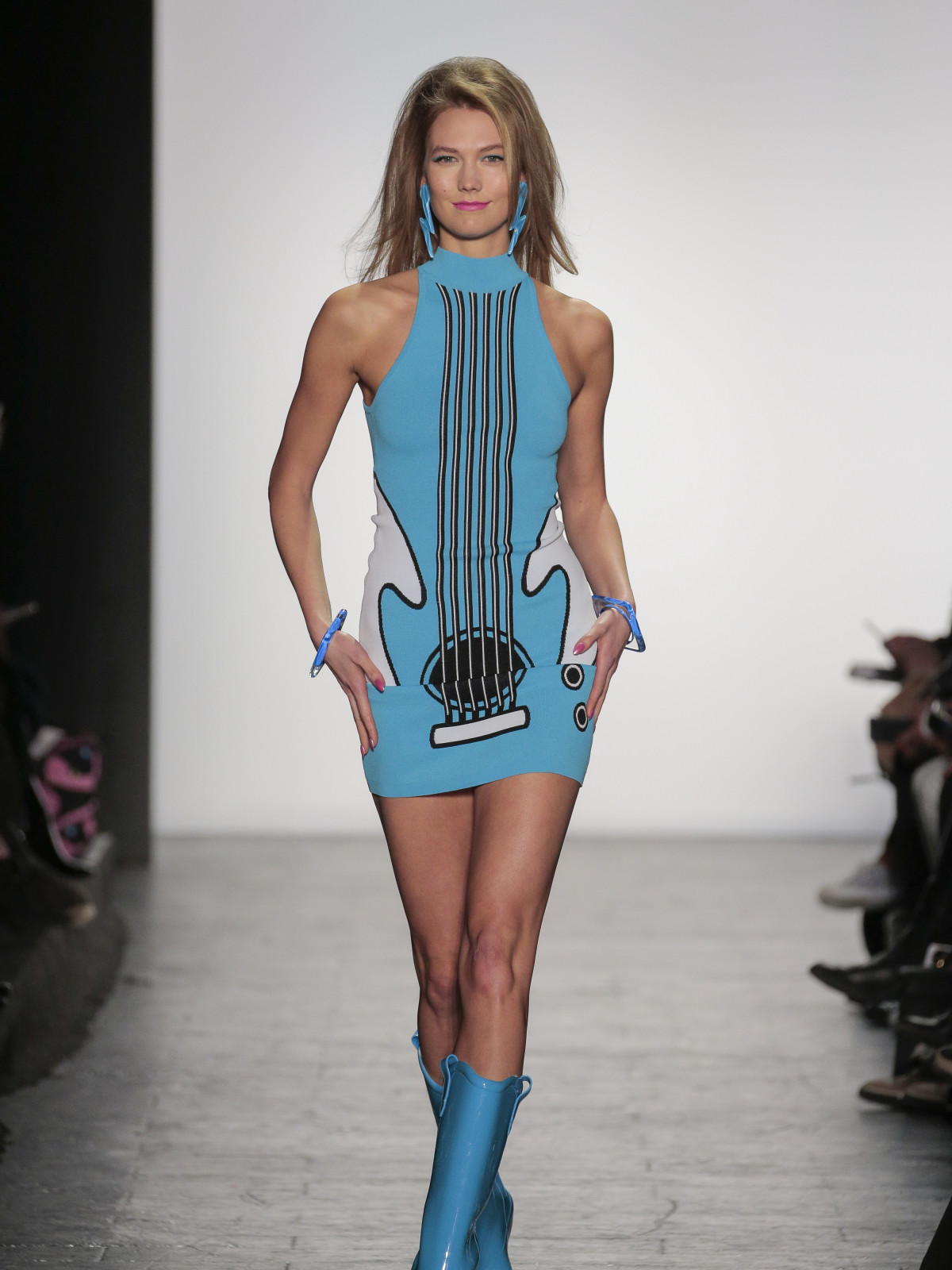 Karlie Kloss in Jeremy Scott fall fashion show