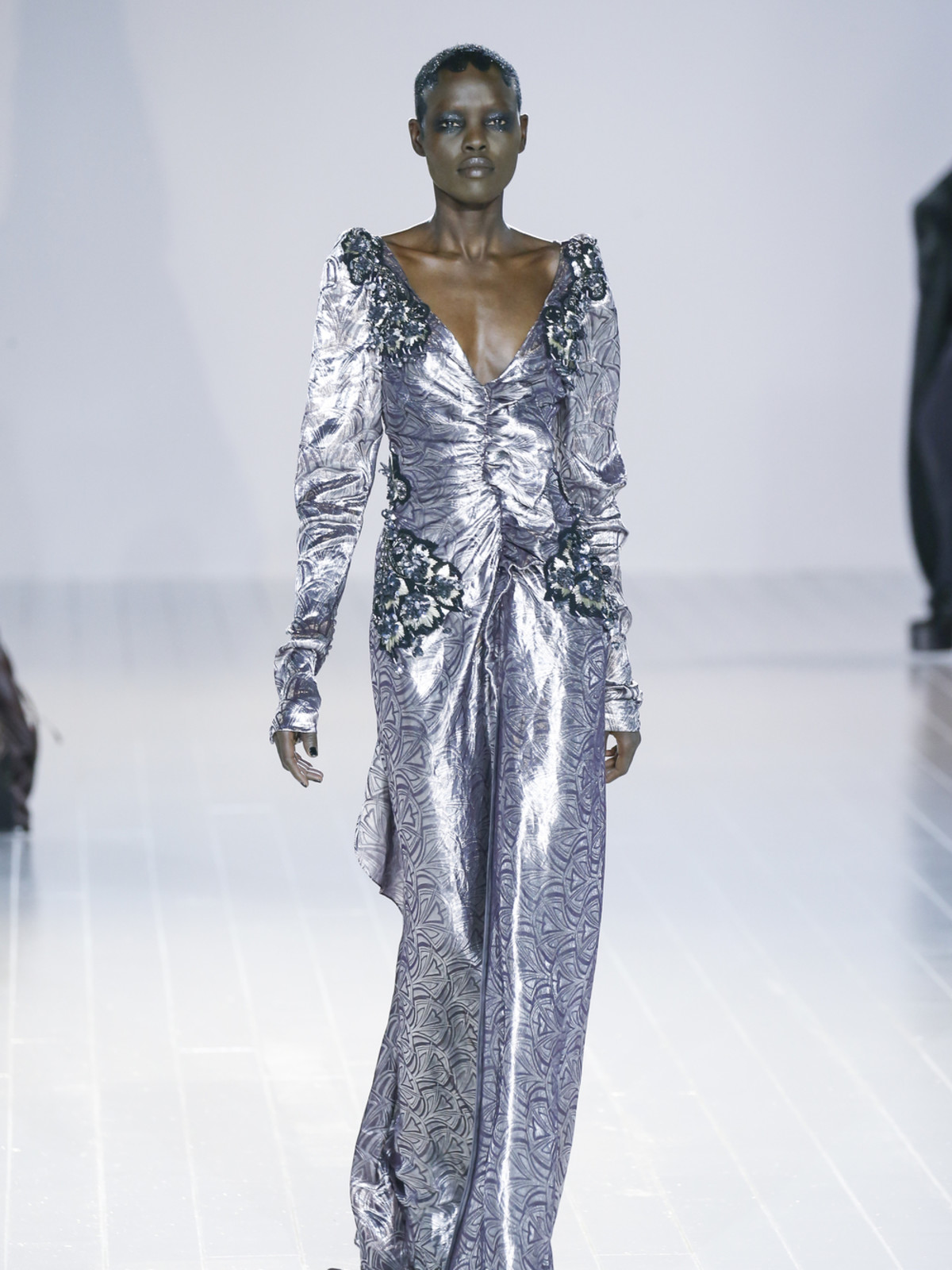 Marc Jacobs fall 2016 gown look 33