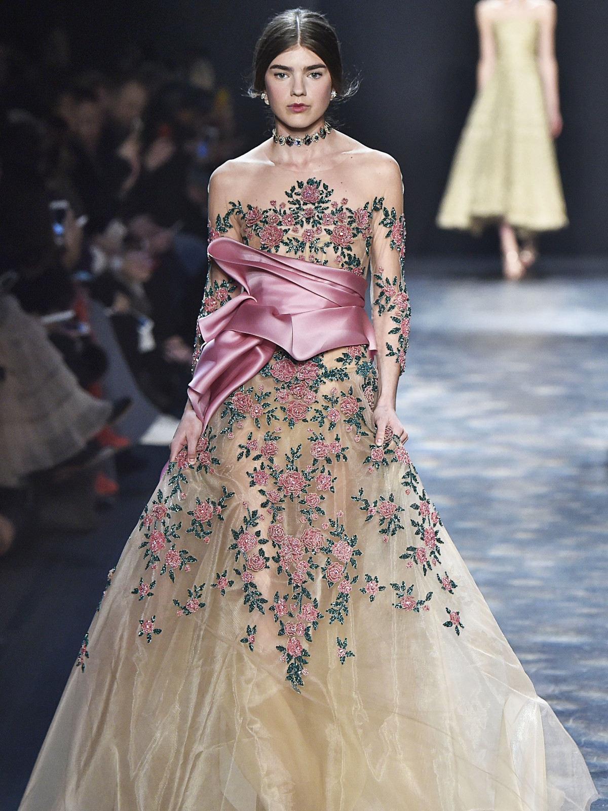 Marchesa fall 2016 runway show look 25