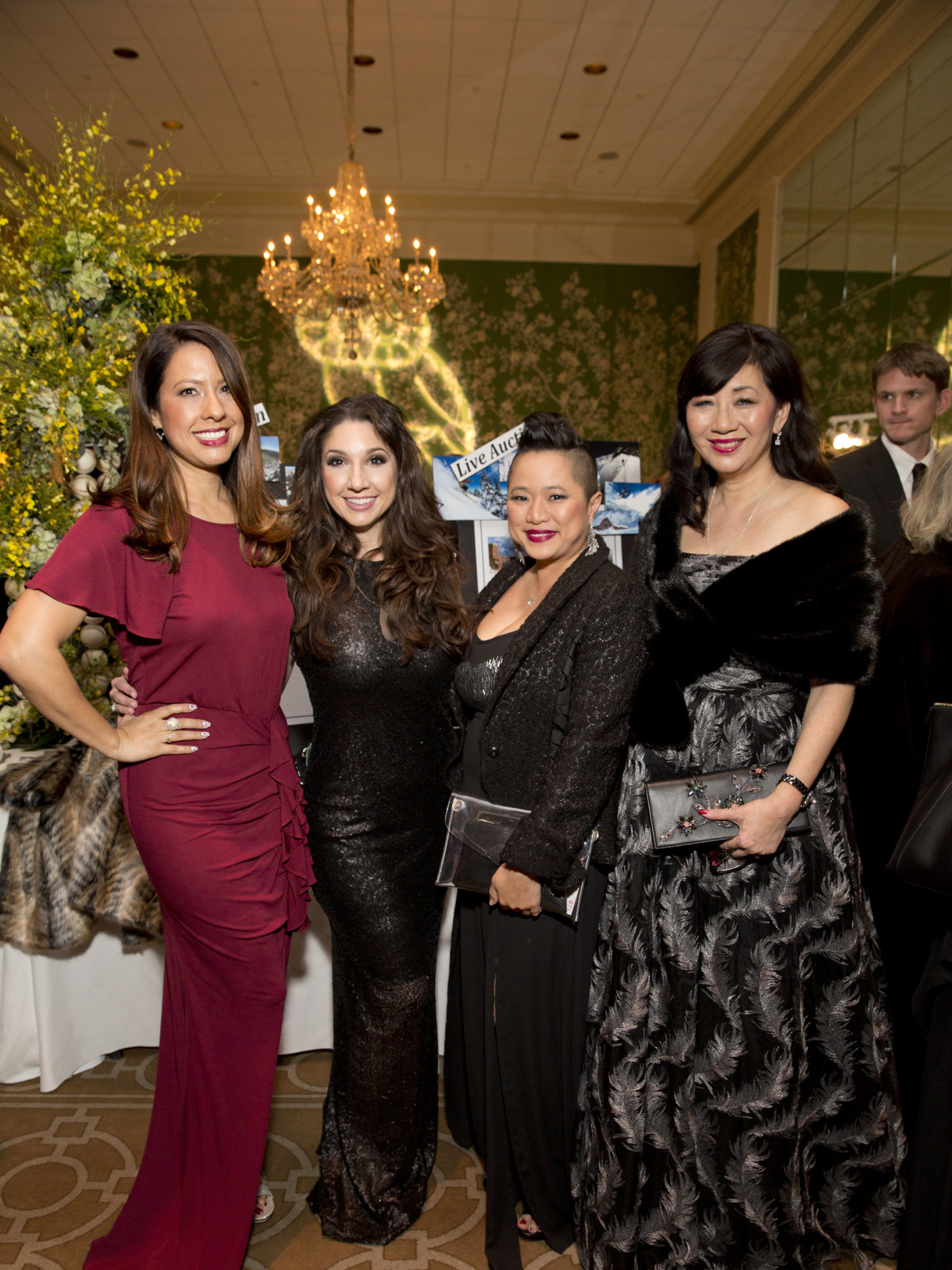 Friends of Fondren Libarary, dinner, Feb. 2016, Anika Jackson, Jill Shull, Sydney Dao, Alice Brams