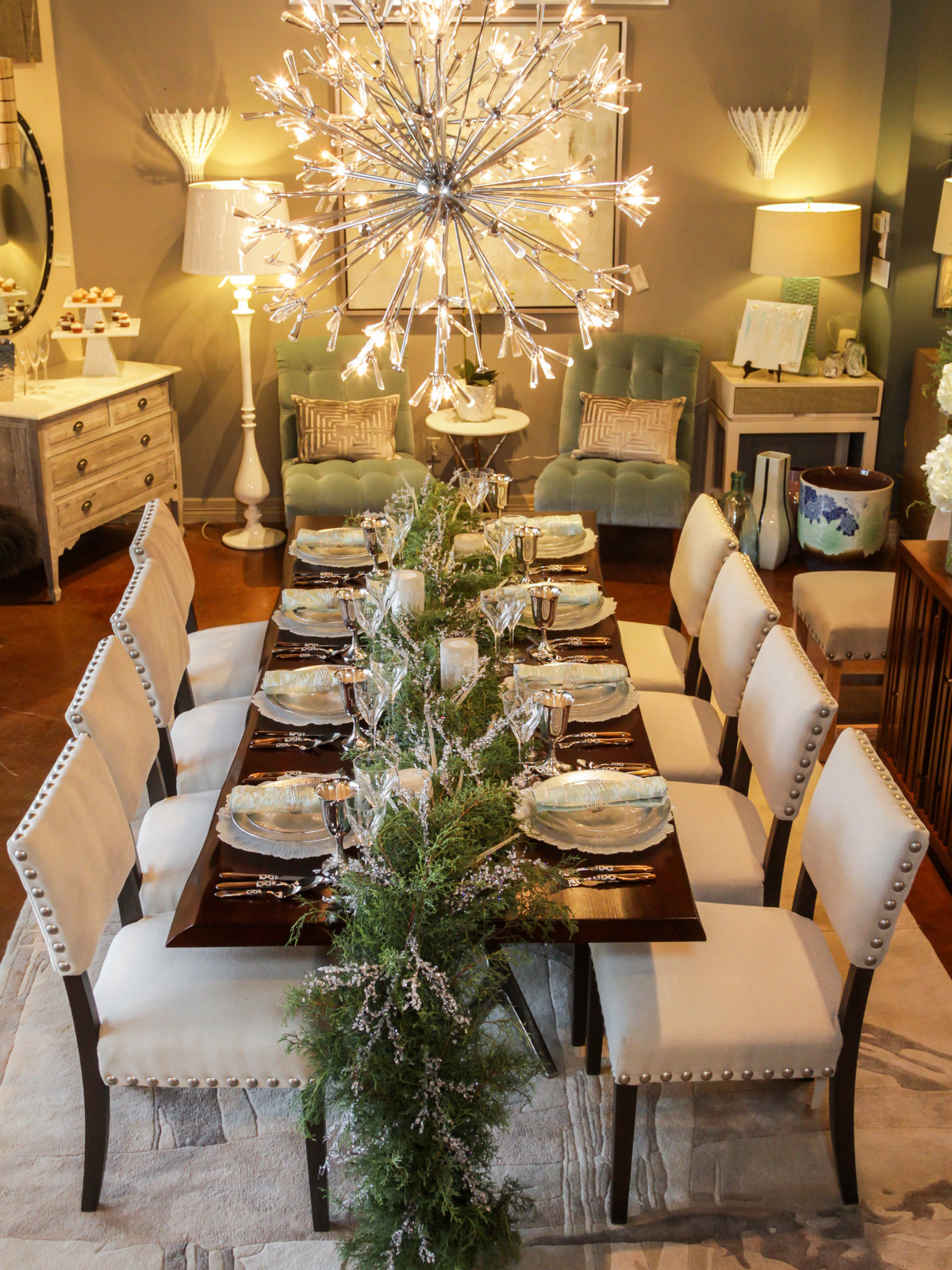 News, Houston Design Center, Deck the Tables, Dec. 2015 Design House