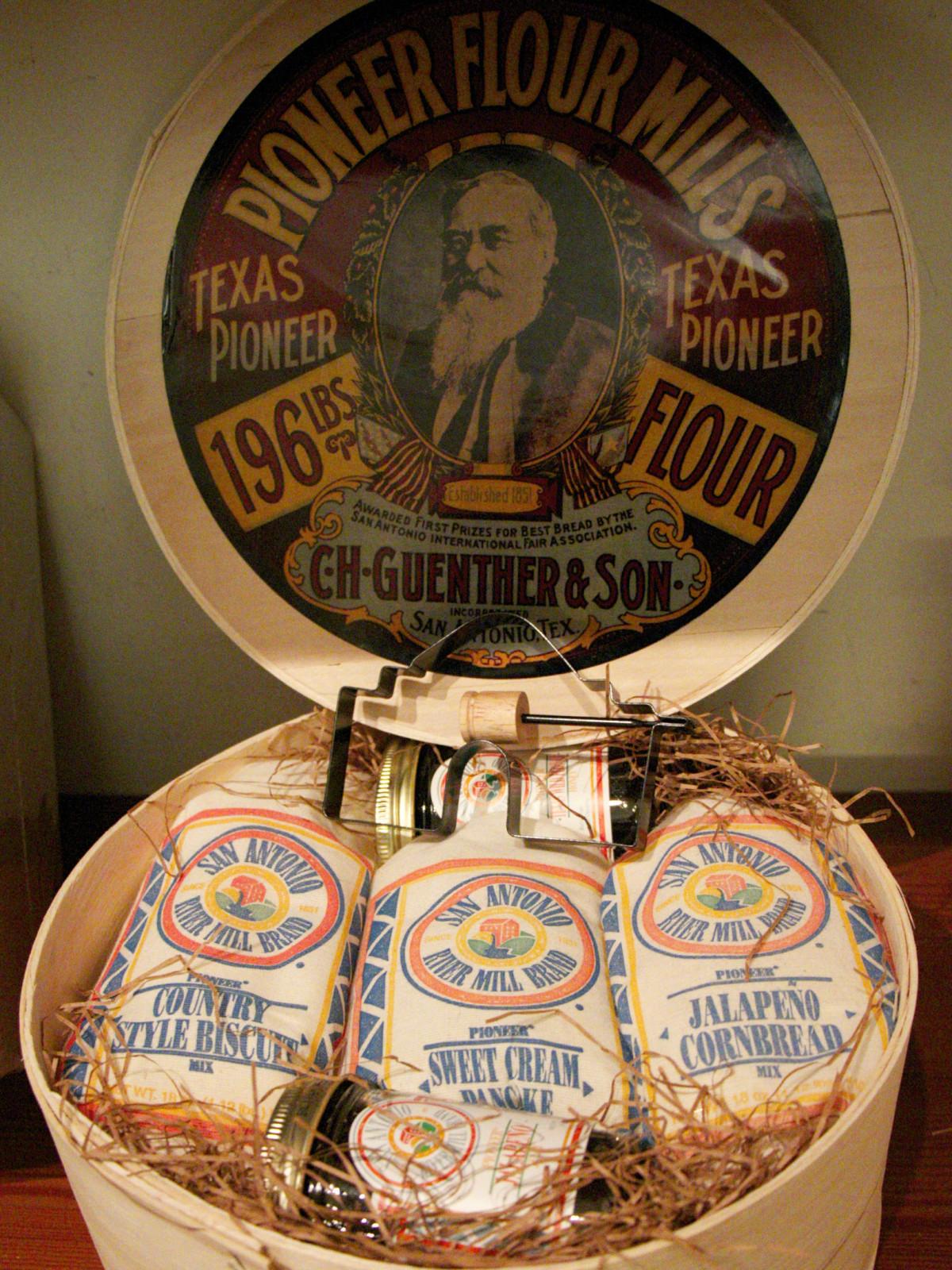 Round Pioneer Pancake Gift Set