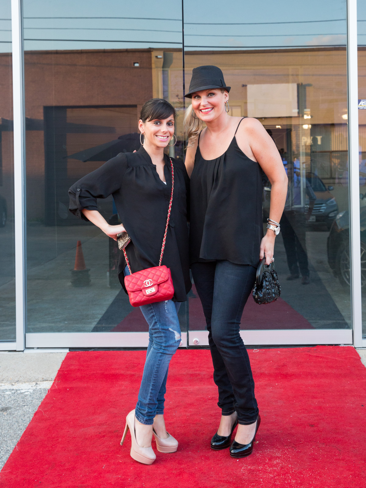 Lauren Ives, Jessica Pantano
