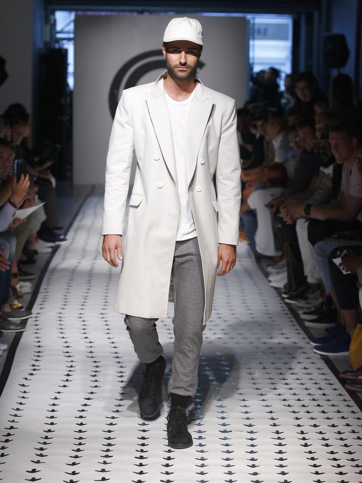 New York Men's Fashion Week Grungy Gentleman spring summer 2016 coat