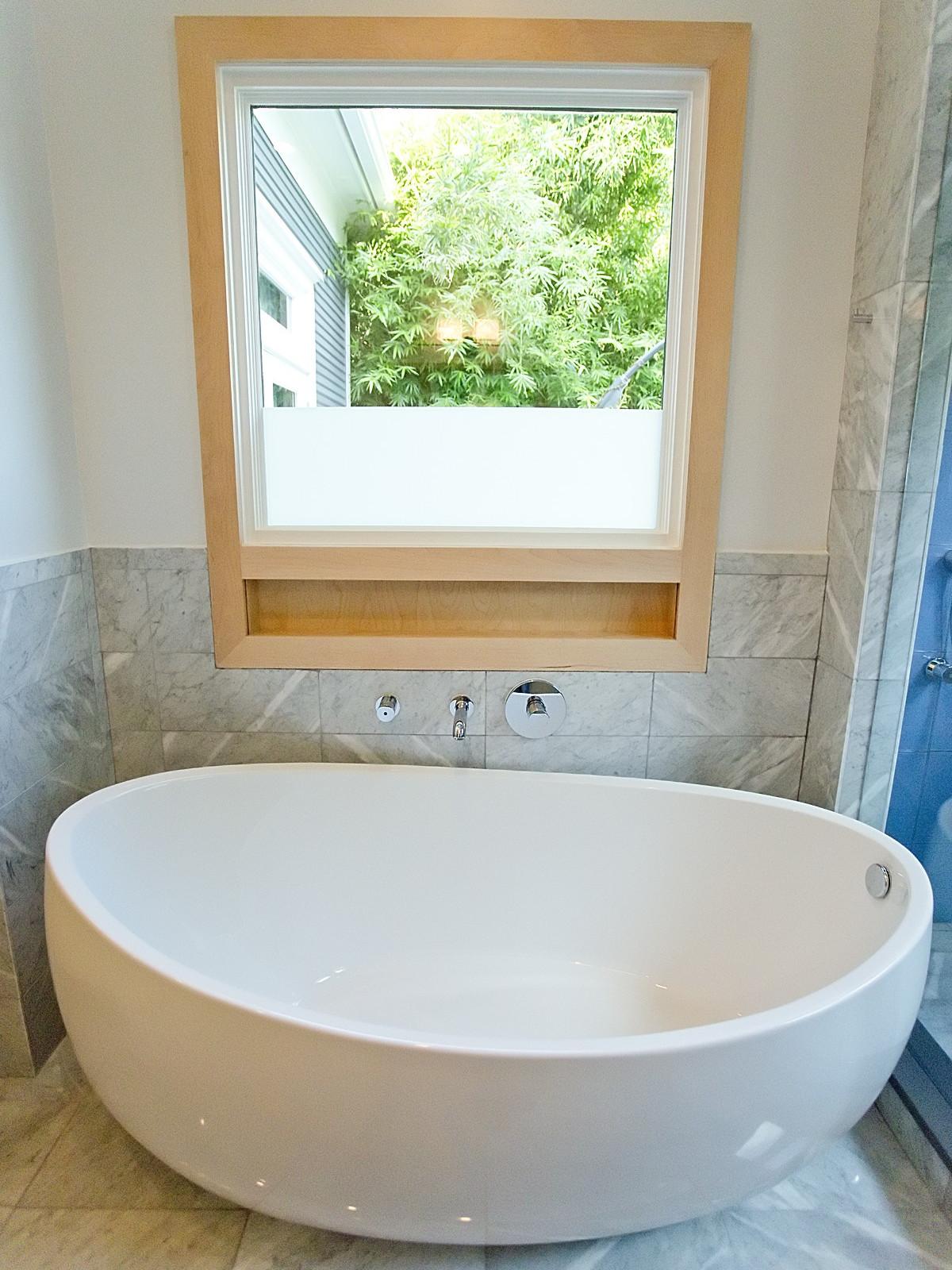 Porch.com Steven Allen Designs bathroom