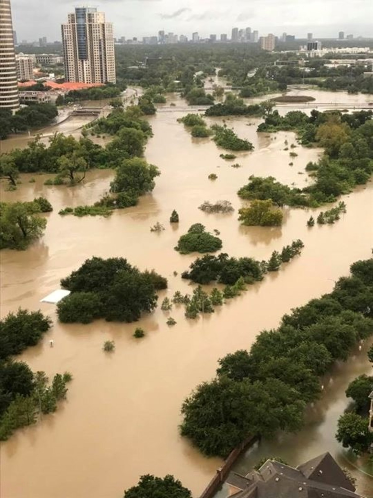 Houston, Hurricane Harvey, flood photos, Allen Parkway