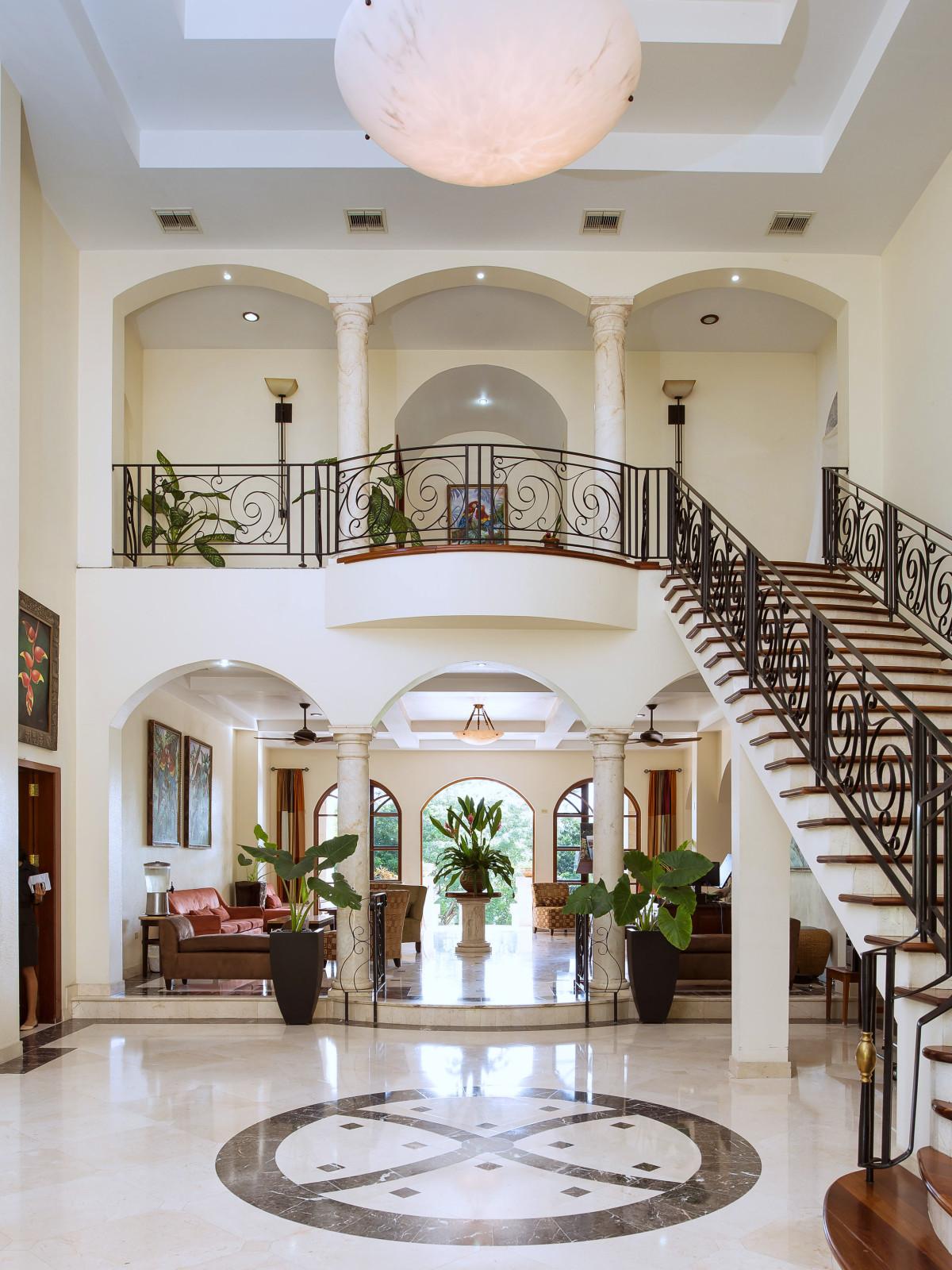 San Ignacio Resort Hotel, Belize, lobby