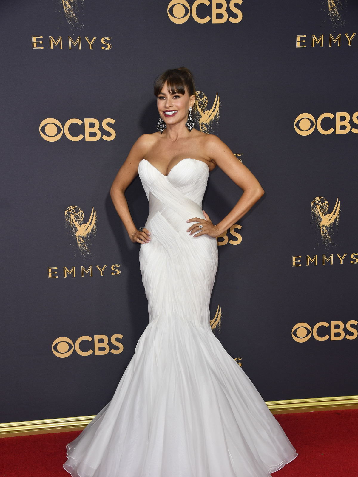 Sofia Vergara in a Marc Zunino gown at Emmy Awards 2017
