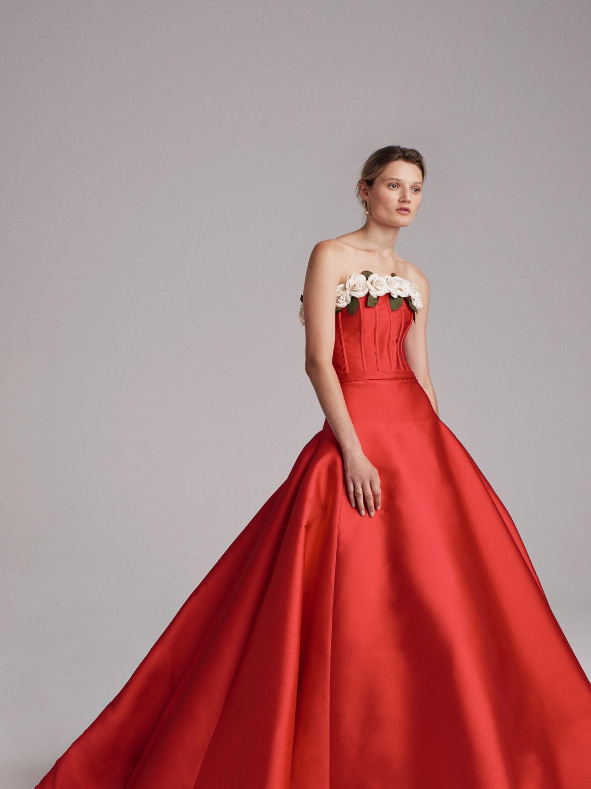 Elizabeth Kennedy spring 2018 gown