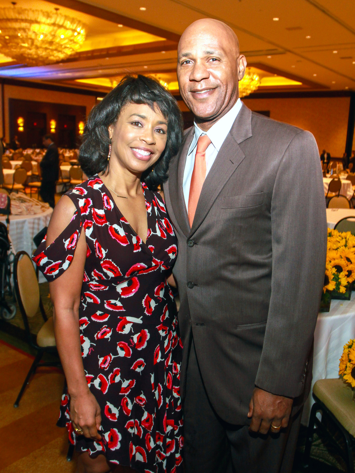 Houston, University of Texas at Austin Guardian of the Human Spirit Award Luncheon, November 2017, Gina Gaston, Mario Elie