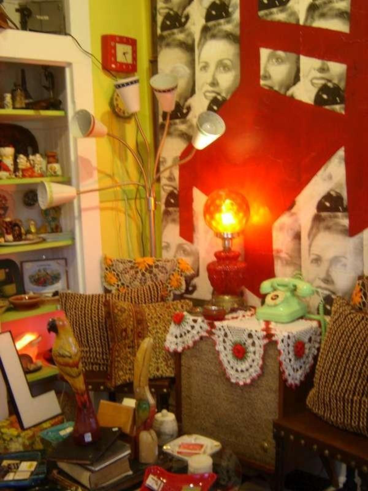 Austin Photo: Places_shopping_flashback_vintage_knick knacks