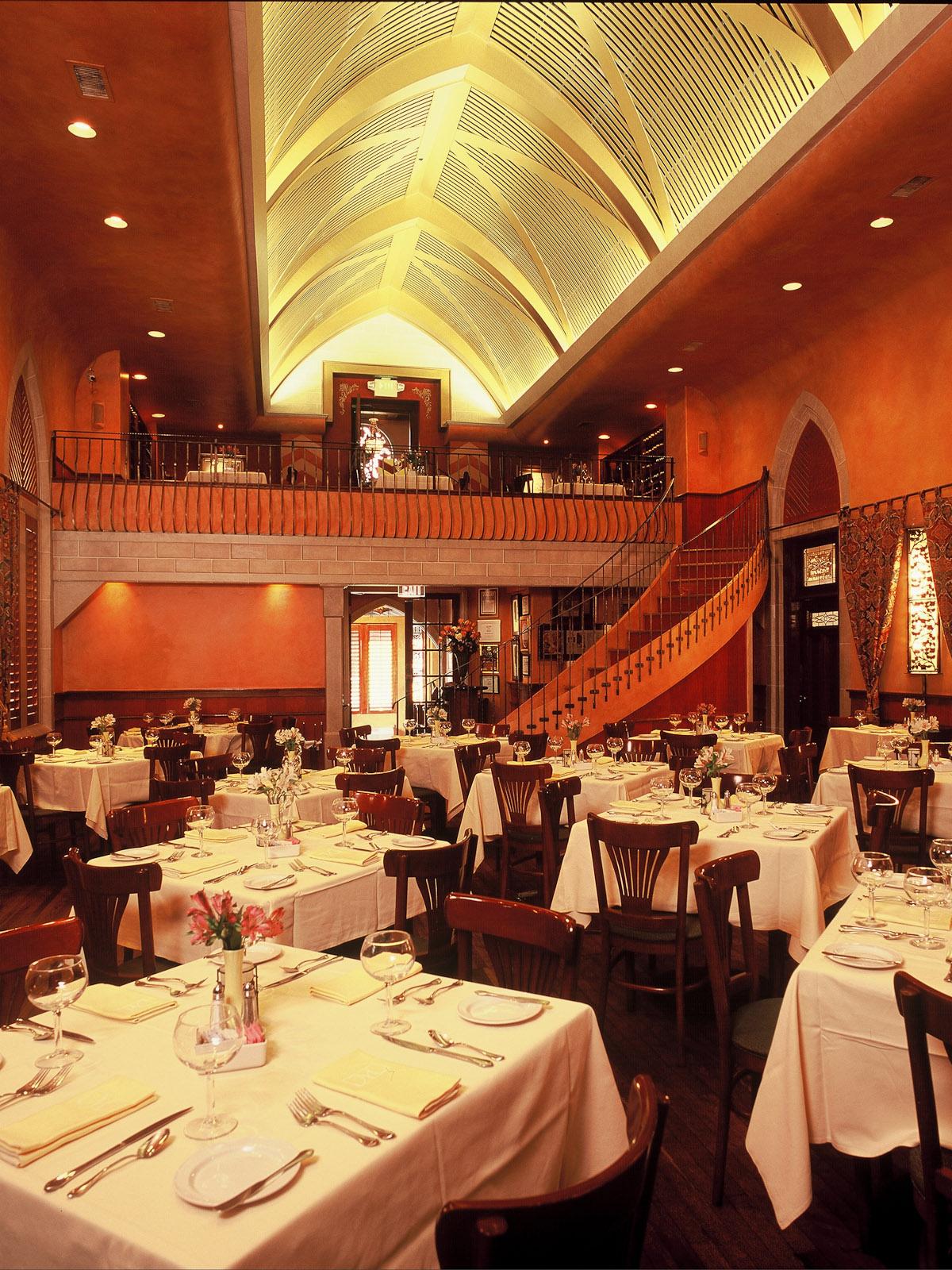 Places-Food-Mark's American Cuisine interior