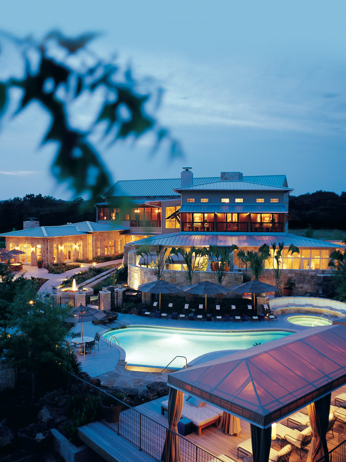 News_Lake Austin Spa_exterior