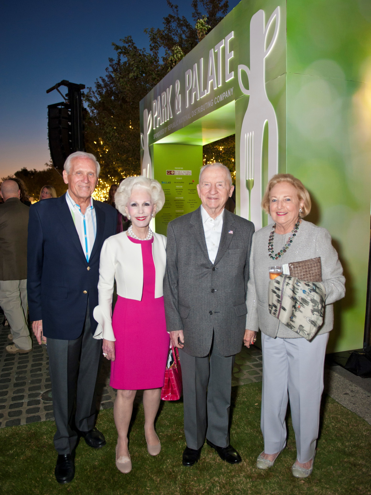 Jody Grant, Sheila Grant, Ross Perot, and Margot Perot, Park & Palate