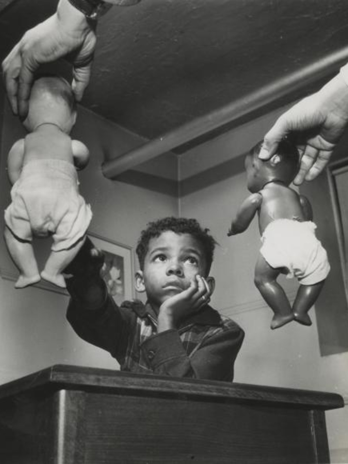 Gordon Parks (1912–2006)  Untitled, Harlem, New York, 1947  gelatin silver print