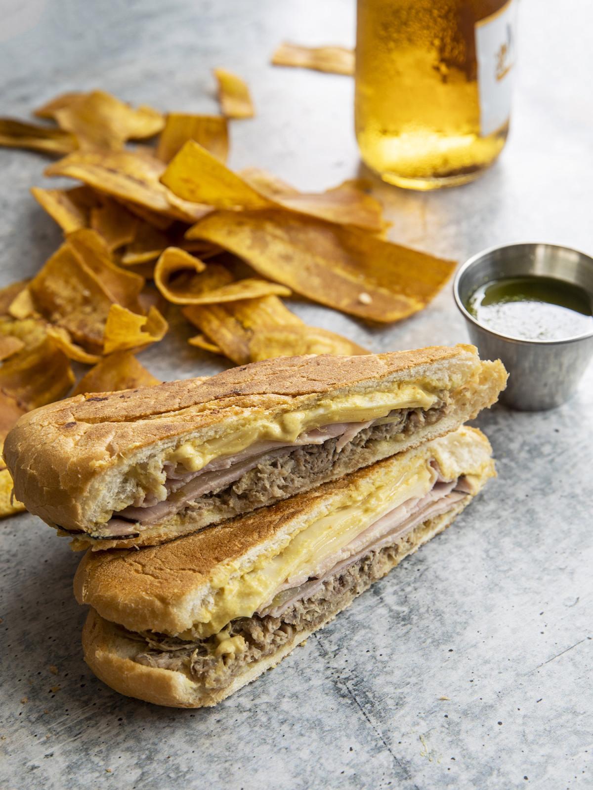 Tropicales cubano sandwich