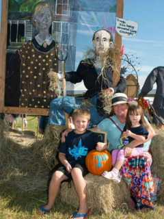 Cross Creek Ranch presents 2016 Fulshear Scarecrow Festival
