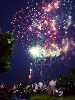 Firewheel Town Center Star Spangled Spectacular