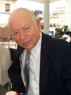 Nobel laureate and UT professor theoretical physicist Steve Weinberg
