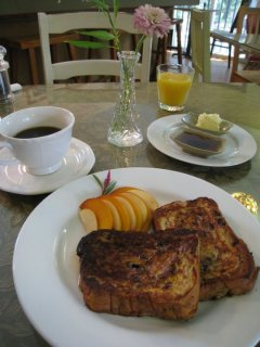 Austin Photo: Places_Food_somnios_cafe_french_toast