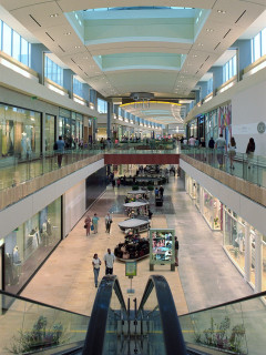 Places-Shopping-Galleria-escalator-CVB