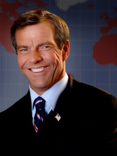 News_Dennis Quaid_July 2010
