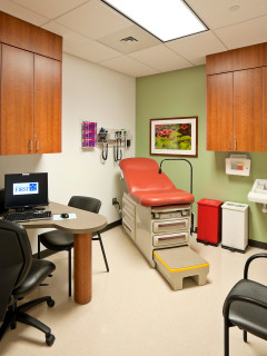 News_Harris County Hospital District_Martin Luther King Health Center_exam room