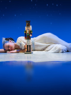 A Cool Yule: A Swingin' Holiday Cabare