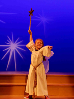 <i>The Best Christmas Pageant Ever</i>