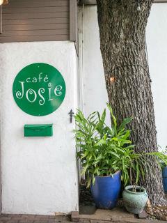 Cafe Josie