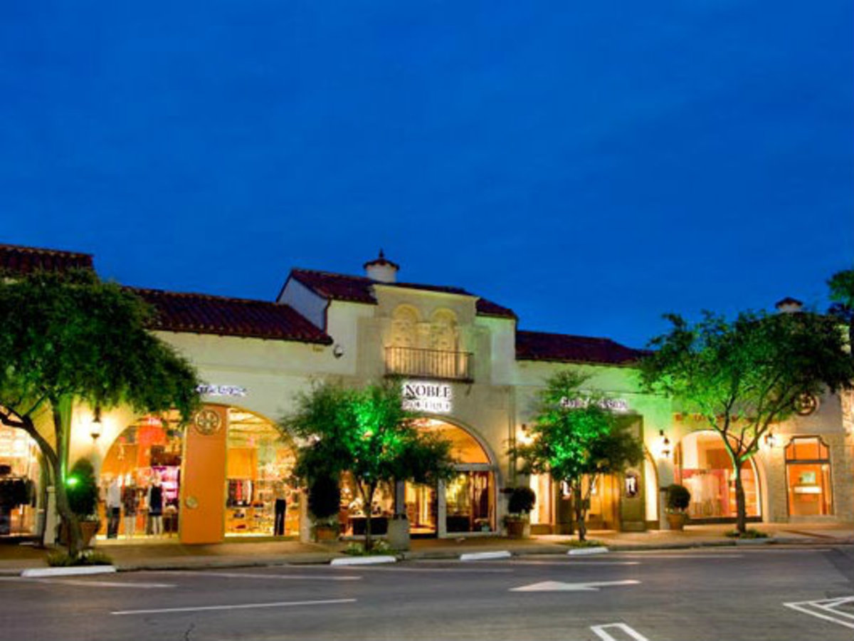 Highland Park Village in Dallas