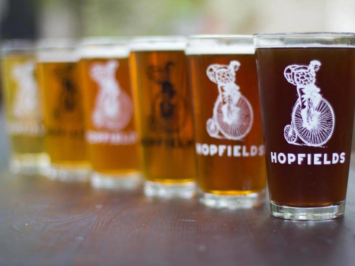 Austin Photo Set: Hopfields_gastropub_bar_restaurant