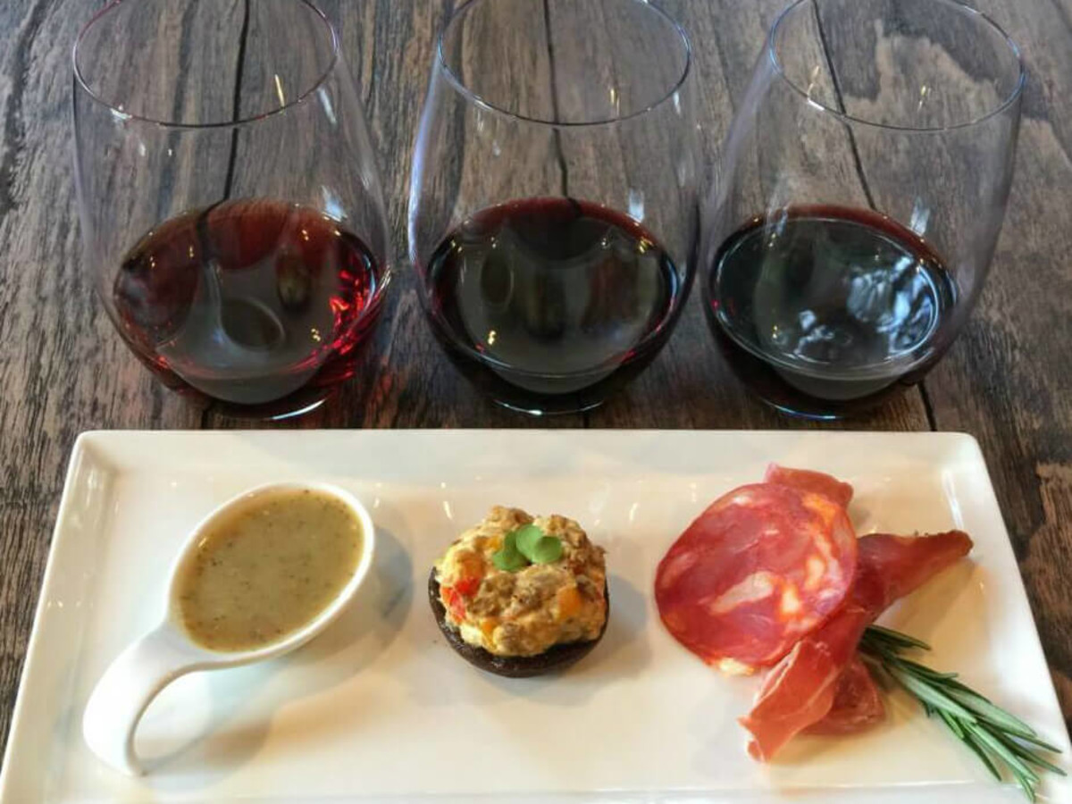 House Wine Austin bar wine glass food pairings plate 2015
