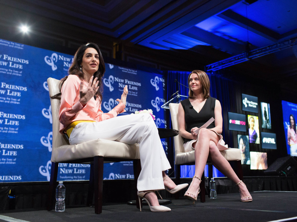 Amal Clooney, Shelly Slater