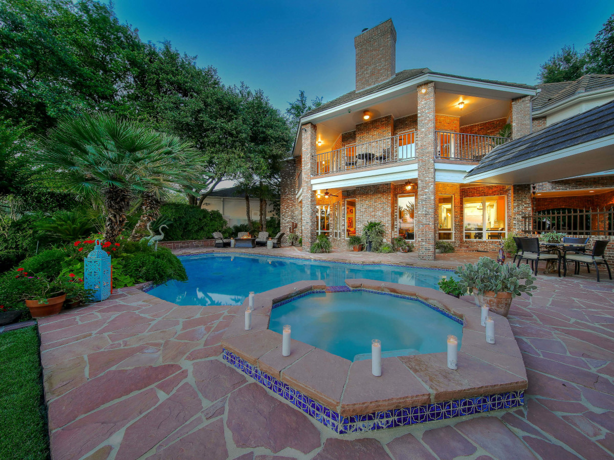11 Hillingdon San Antonio home for sale pool