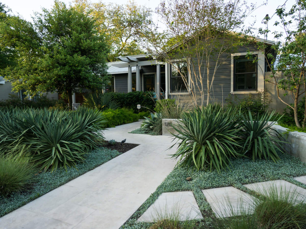 Austin home house Brentwood 1212 Romeria Dr. exterior front Preservation Austin Historic Homes Tour 2016