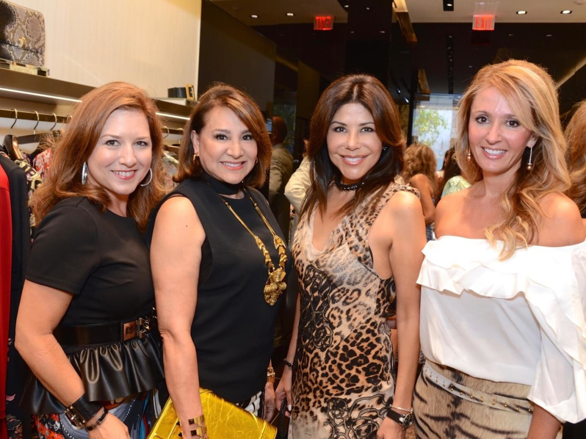 Noche de las Americas kick-off, Aug. 2016, Donae Chramosta, Yvonne Stern. Ericka Bagwell, Cindy Garza