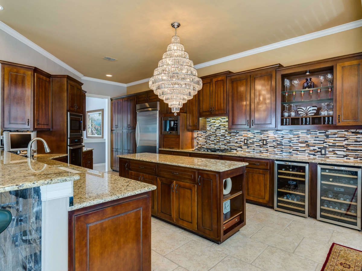 19122 Nature Oaks San Antonio house for sale kitchen