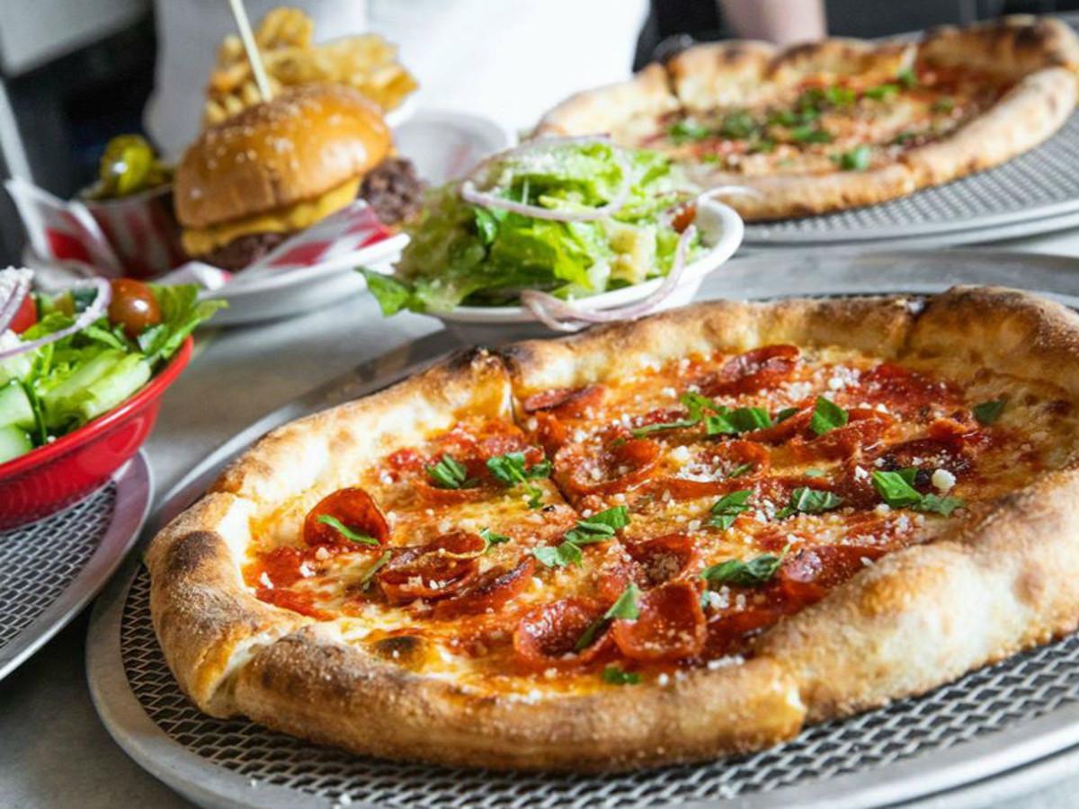 Zoli's NY Pizza Tavern