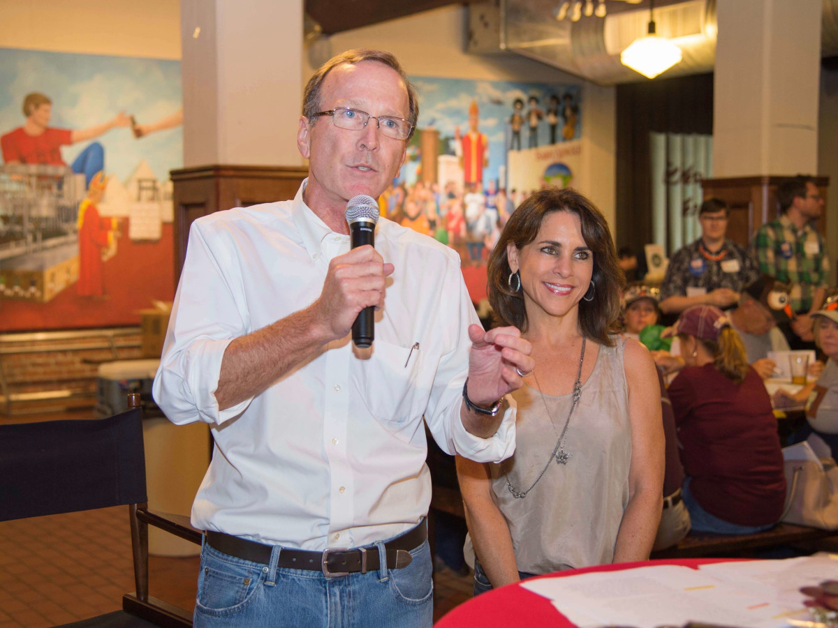 Scrabble in the City, Houston, 9/16, Neil Bush, Maria Bush