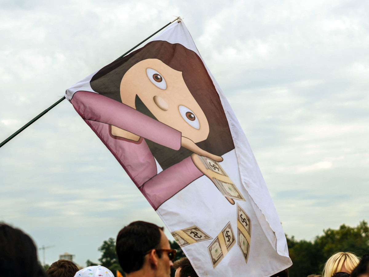 ACL Austin City Limits Music Festival 2016 flags emoji