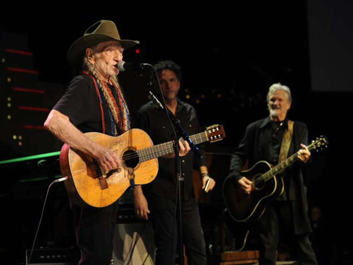 Austin City Limits Hall of Fame induction 2016 Willie Nelson Mickey Raphael Kris Kristofferson