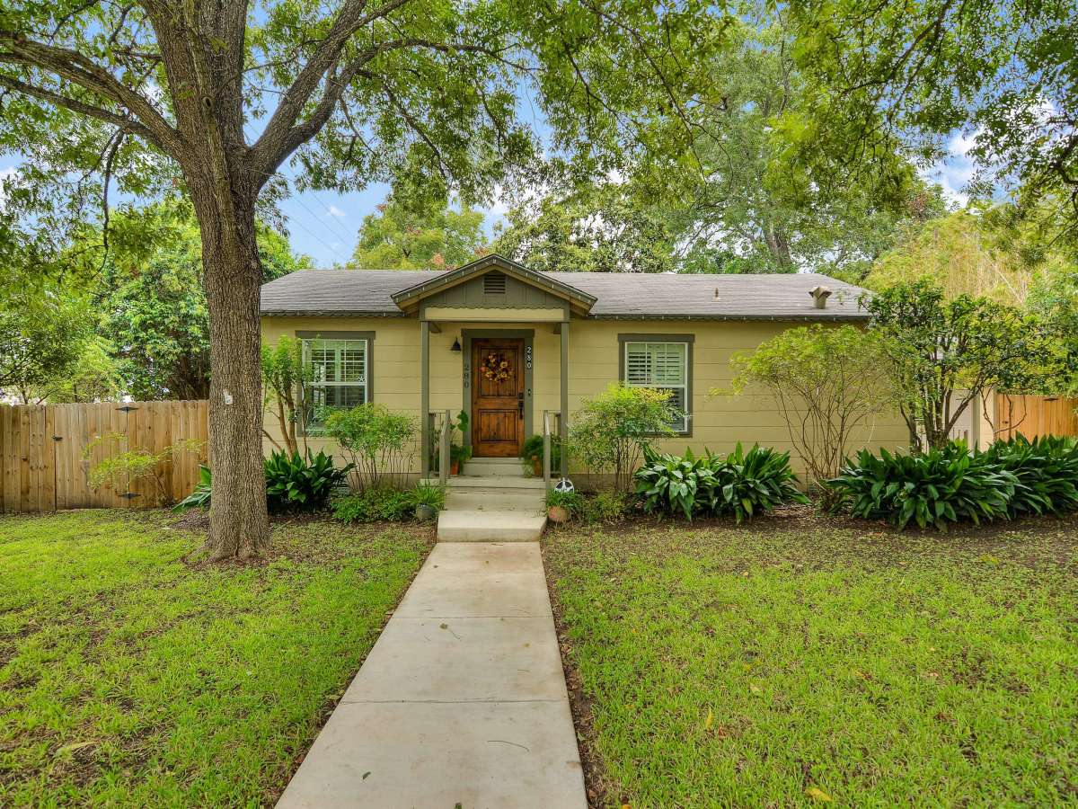 280 E Fair Oaks San Antonio house for sale