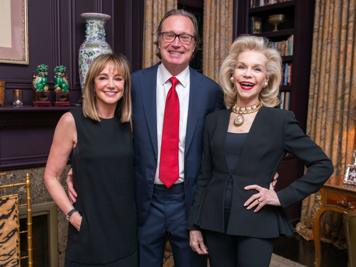 Janet Gurwitch, Ron Franklin, Lynn Wyatt at dinner for Brandon Maxwell