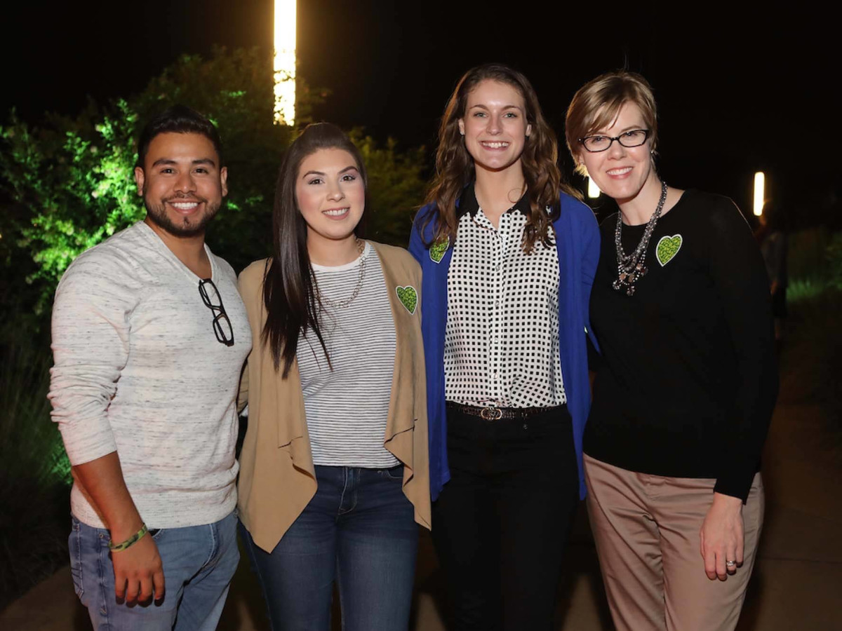 Urban Wild Memorial Park Conservancy Raul Martinez, Yulianna Longoria, Kelly McCann, Holli Clements