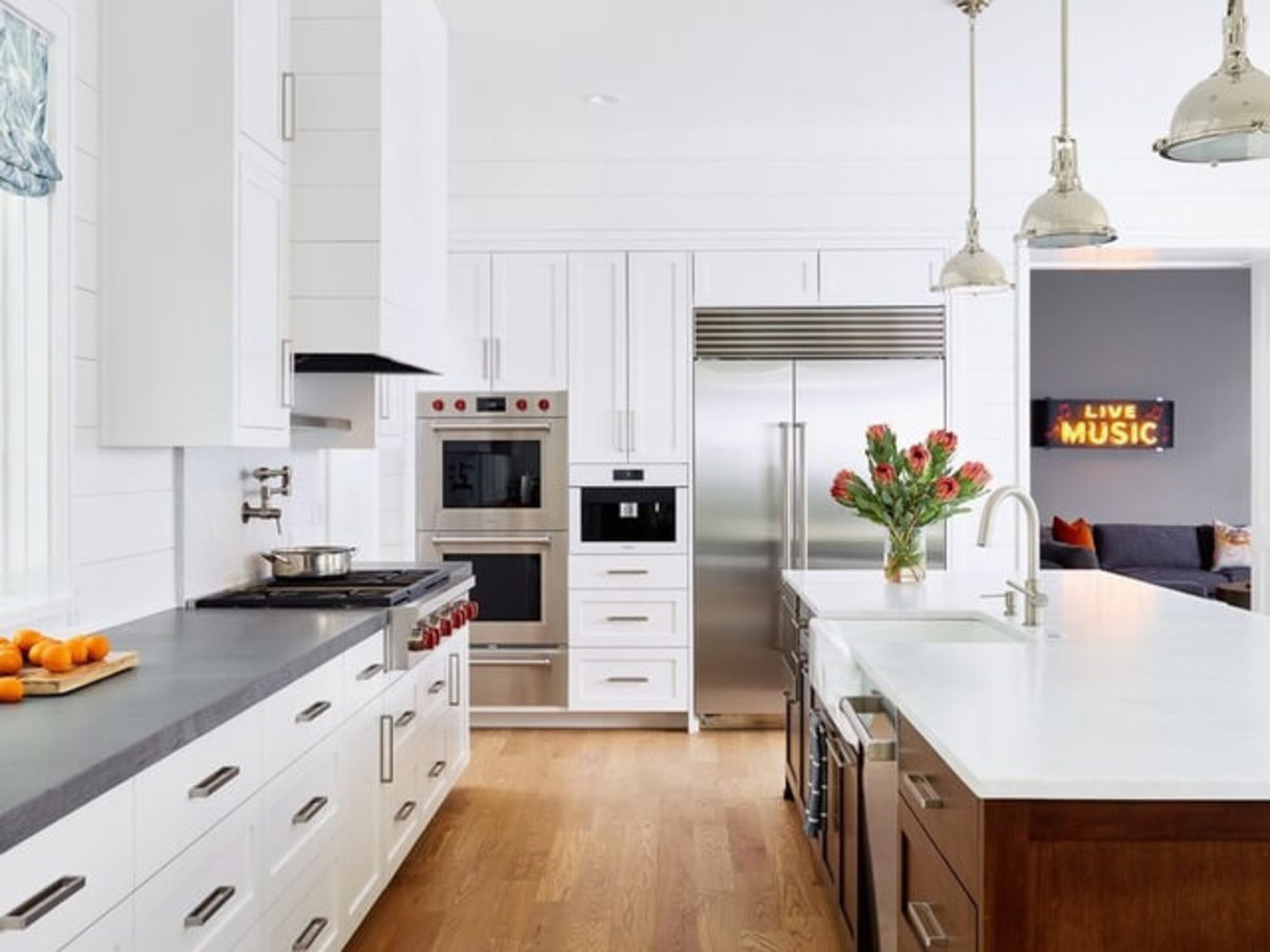 Austin house home Houzz modern farmhouse Northwest Lakemoore