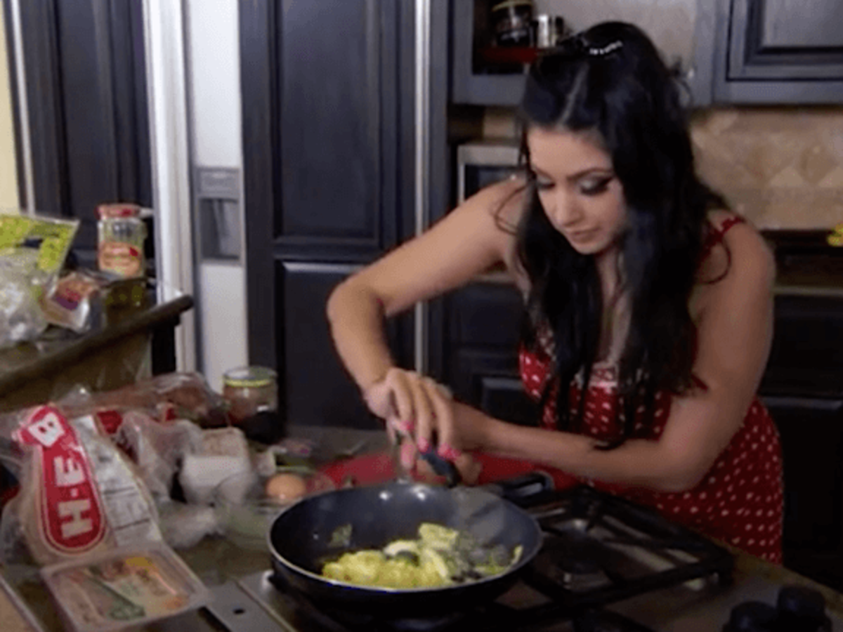 Married to Medicine Houston episode 9 Monica tries to cook